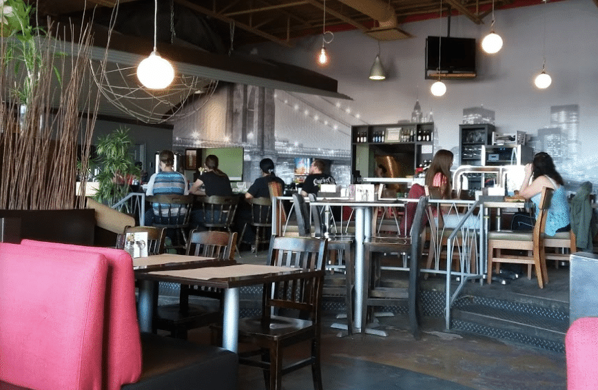 Salle du Restaurant Radio café